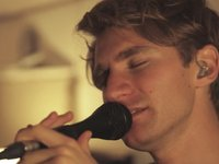 Glass Animals - Gooey (Last.fm Lightship95 Series)