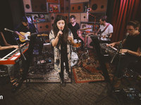 Alex Winston - Down Low (Last.fm Sessions)