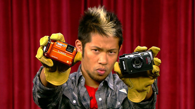 /Prizefight: Panasonic Lumix DMC-TS4 vs. the Olympus Tough TG-1 iHS