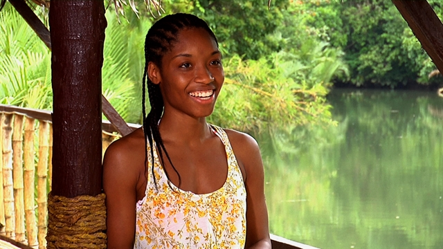 Survivor: Philippines - Meet Roxy