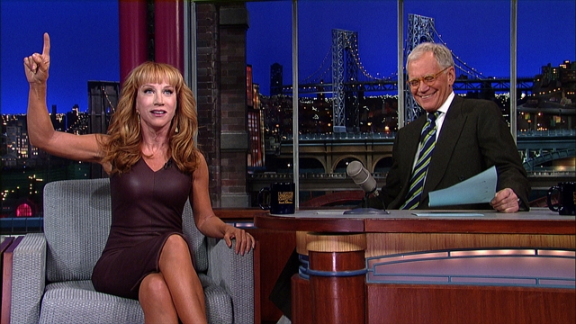 Late Show: David Letterman - Kathy Griffin Unzips For Anderson Cooper