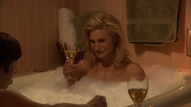 The Big Bang Theory - Howard's Fantasy Tub with Katee Sackhoff
