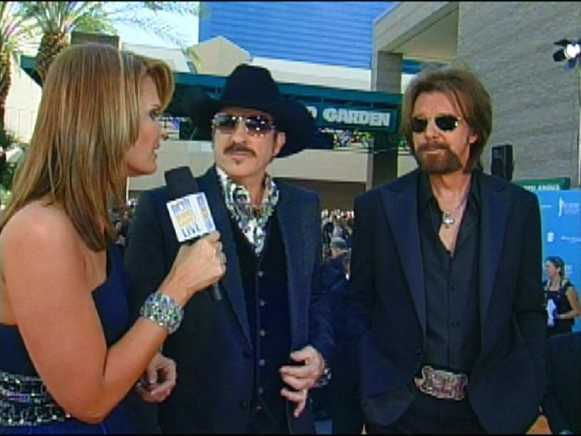 ACMA 45 - Orange Carpet Interview: Brooks and Dunn