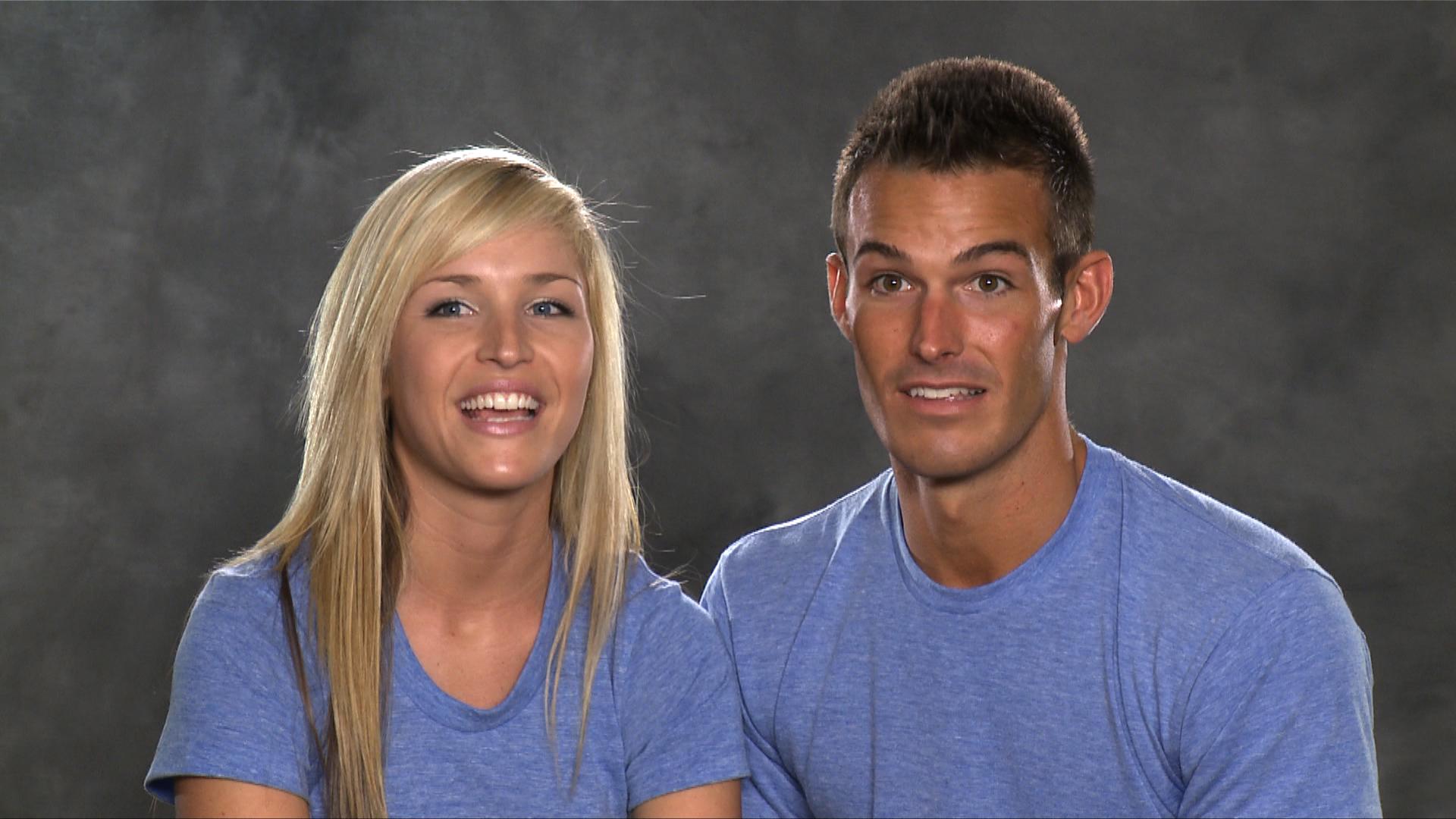 Meet Amanda and Kris, contestants on The Amazing Race 14
