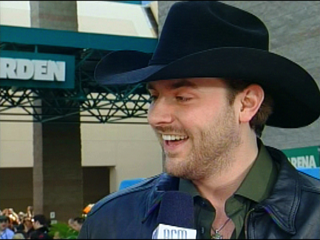 ACMA 45 - Orange Carpet Interview: Chris Young