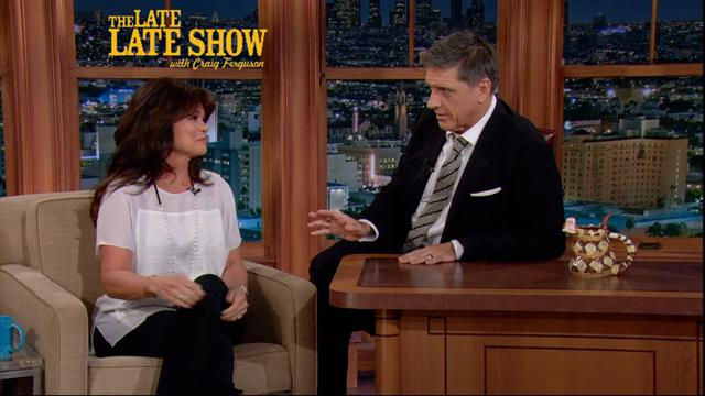 The Late Late Show: Craig Ferguson - Valerie Bertinelli on Driving a Golf Cart