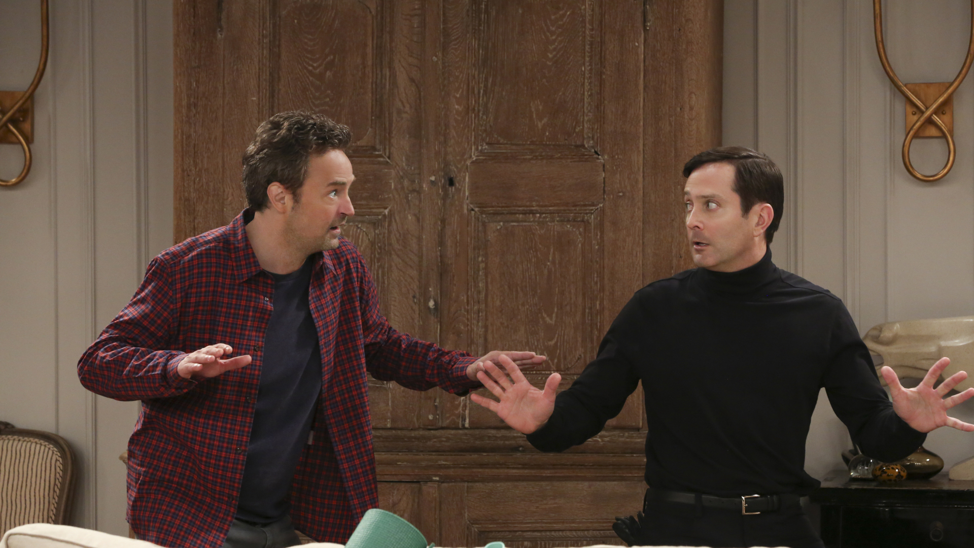 Watch The Odd Couple Season 1 Episode 9: Sleeping Dogs Lie - Full show on  CBS All Access