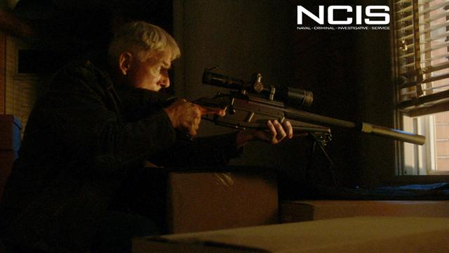 NCIS - Gibbs Scopes Fornell