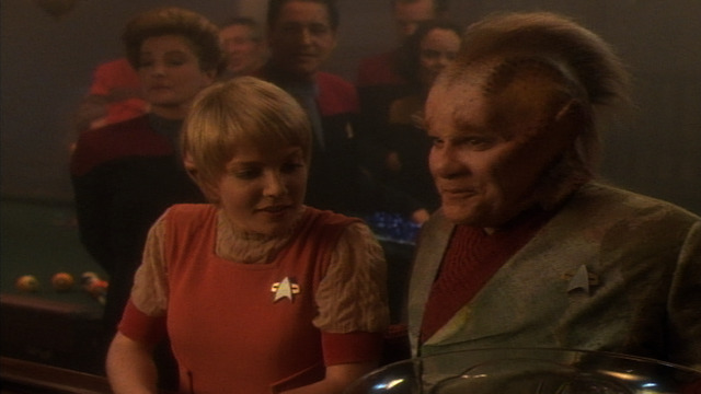 Watch Star Trek: Voyager Season 2 Episode 6: Twisted - Full show on CBS All  Access