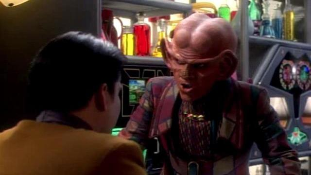 Watch Star Trek: Voyager Season 1 Episode 1, 2: Caretaker, Part 1 & 2 -  Full show on CBS All Access