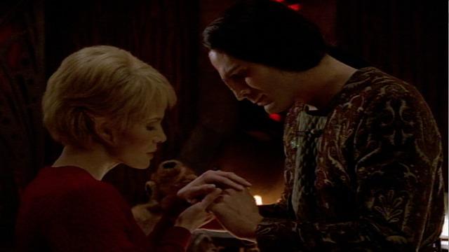 Watch Star Trek: Voyager Season 3 Episode 18: Darkling - Full show on CBS  All Access