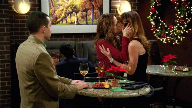 Two And A Half Men - On Vodka, On Soda, On Blender, On Mixer! (Preview)