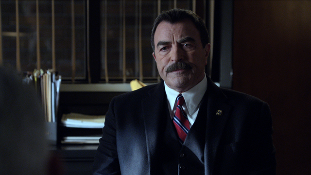 19. Blue Bloods - Secret Arrangements (w/Commentary)