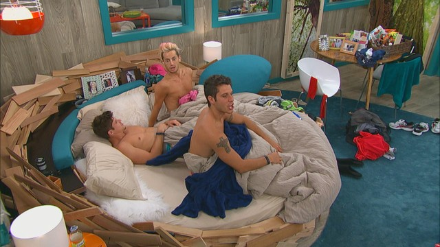 Big Brother - Three Guys, One Bed - Live Feed Highlight