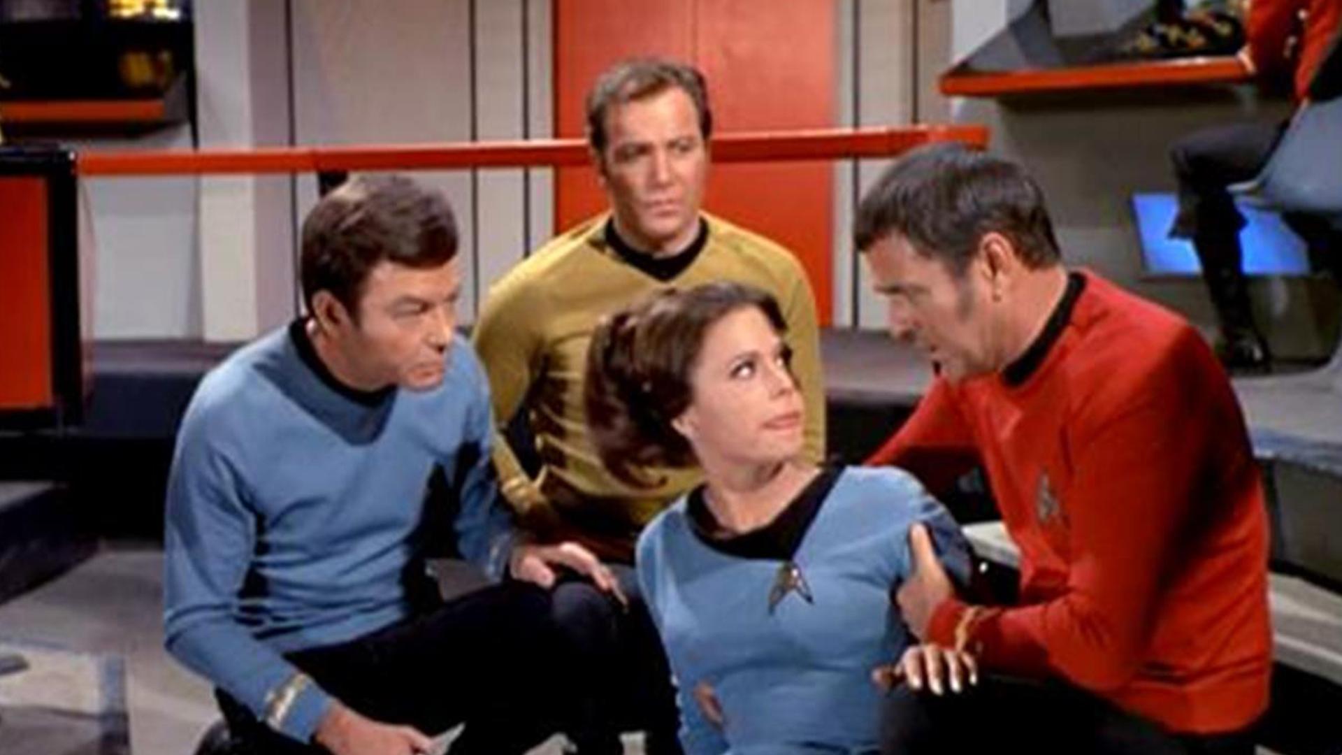 Watch Star Trek: The Original Series (Remastered) Season 3 Episode 18: The  Lights of Zetar - Full show on CBS All Access