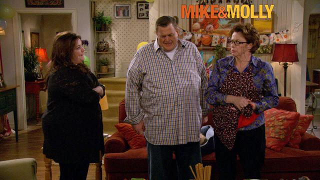 Mike &amp; Molly - Happy Birthday Mike