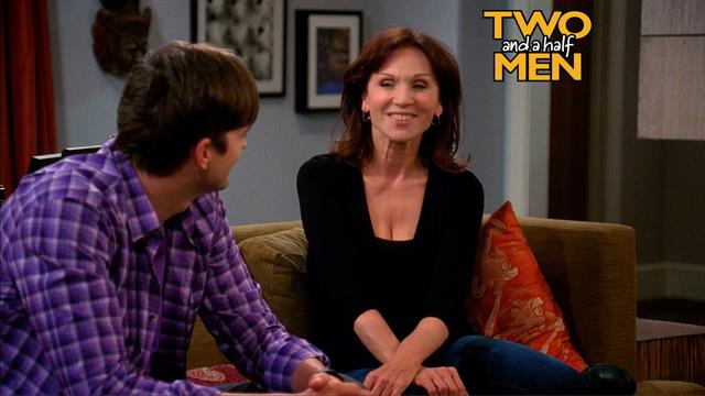 Two and a Half Men - Moon Me