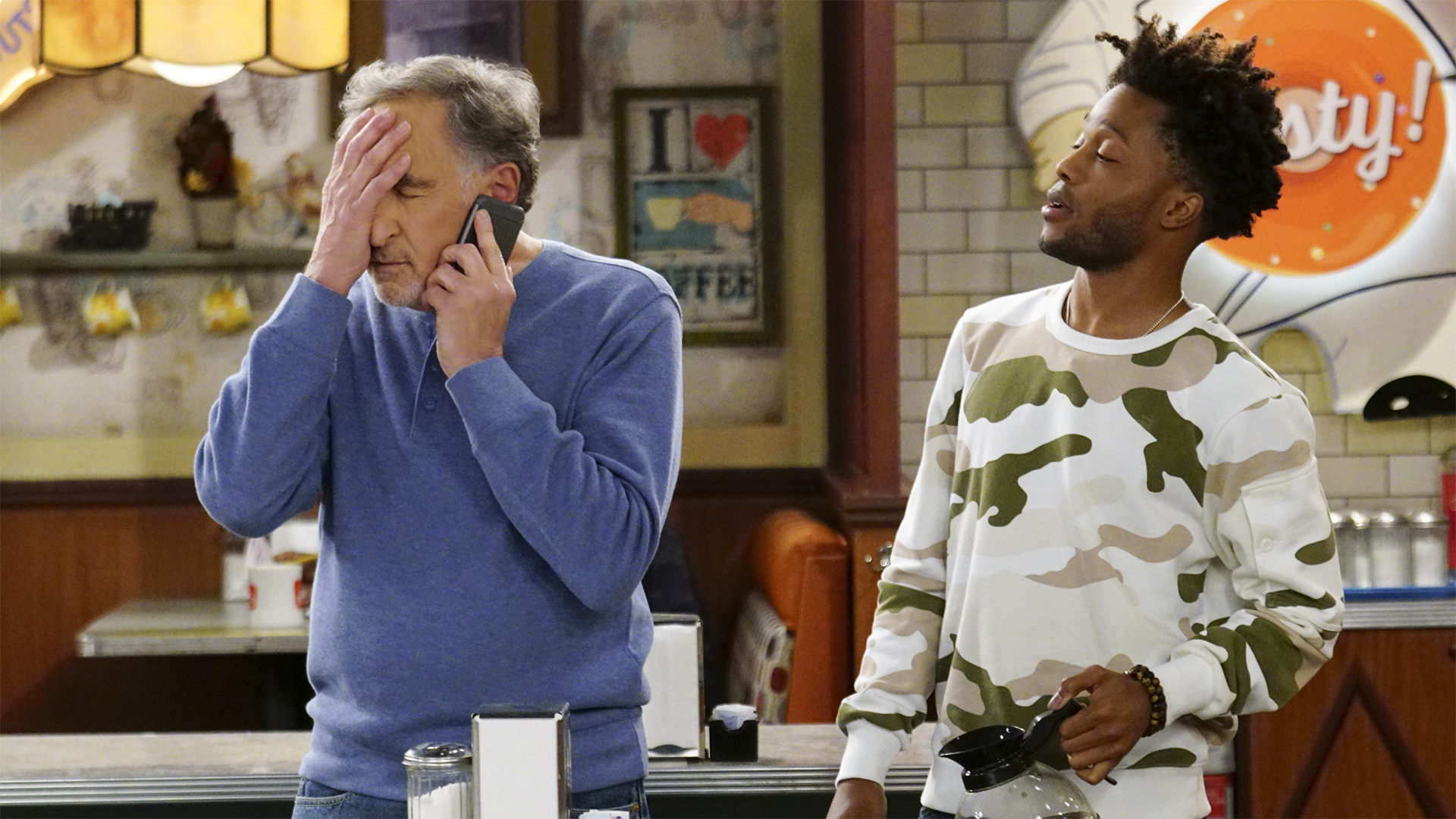 Watch Superior Donuts Season 2 Episode 17: Balls and Streaks - Full show on  CBS All Access