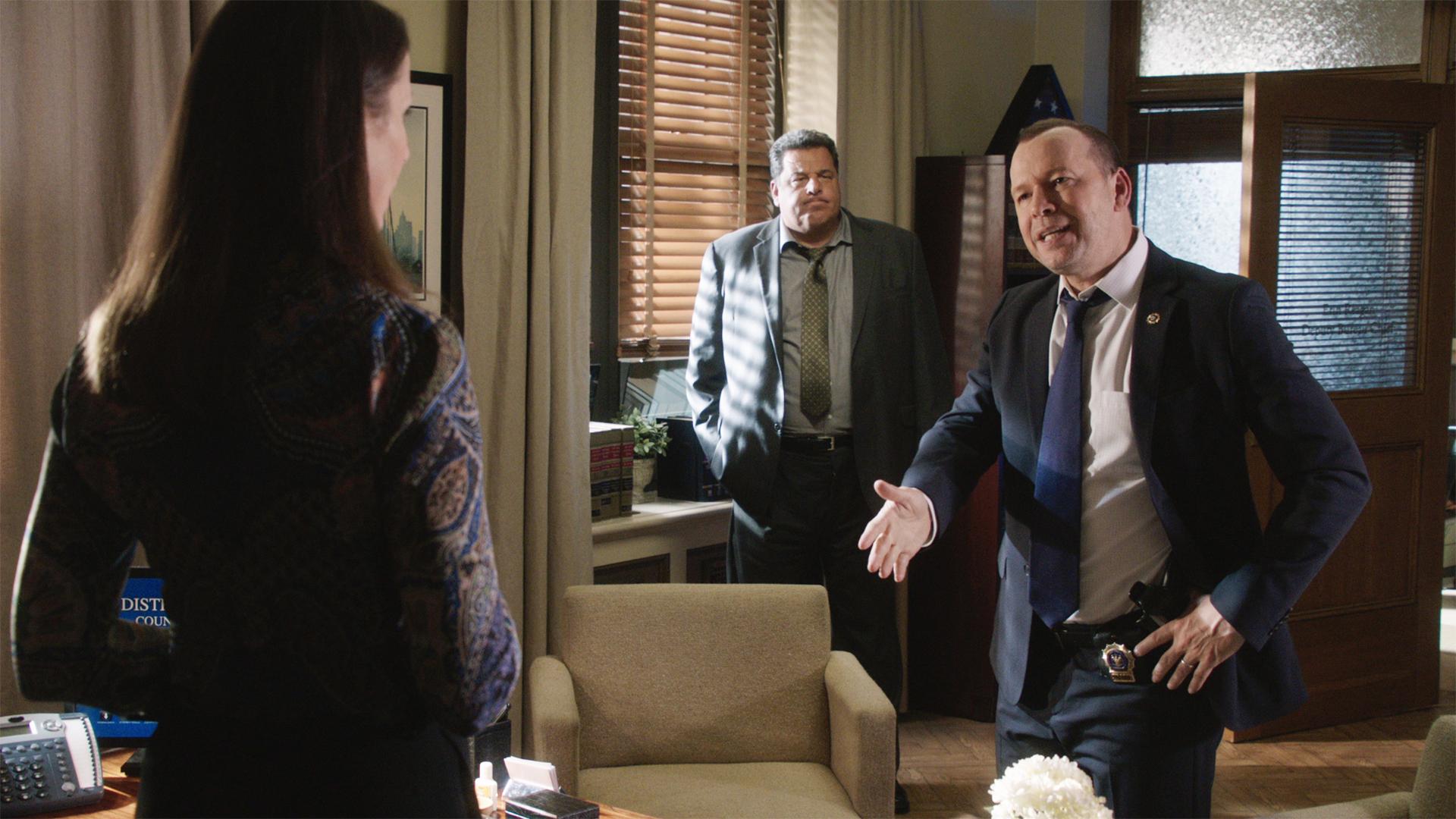 Watch Blue Bloods Season 7 Episode 7 Guilt By Association Full Show On Cbs All Access