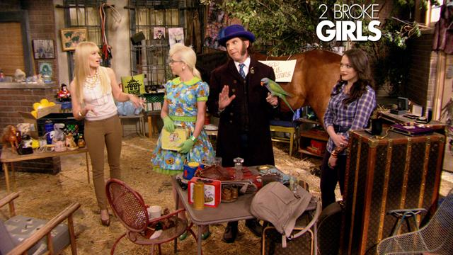 2 Broke Girls - Yard Sale