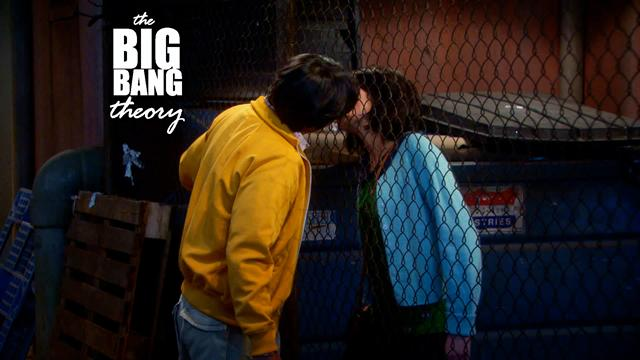 The Big Bang Theory - Raj and Lucy Kiss