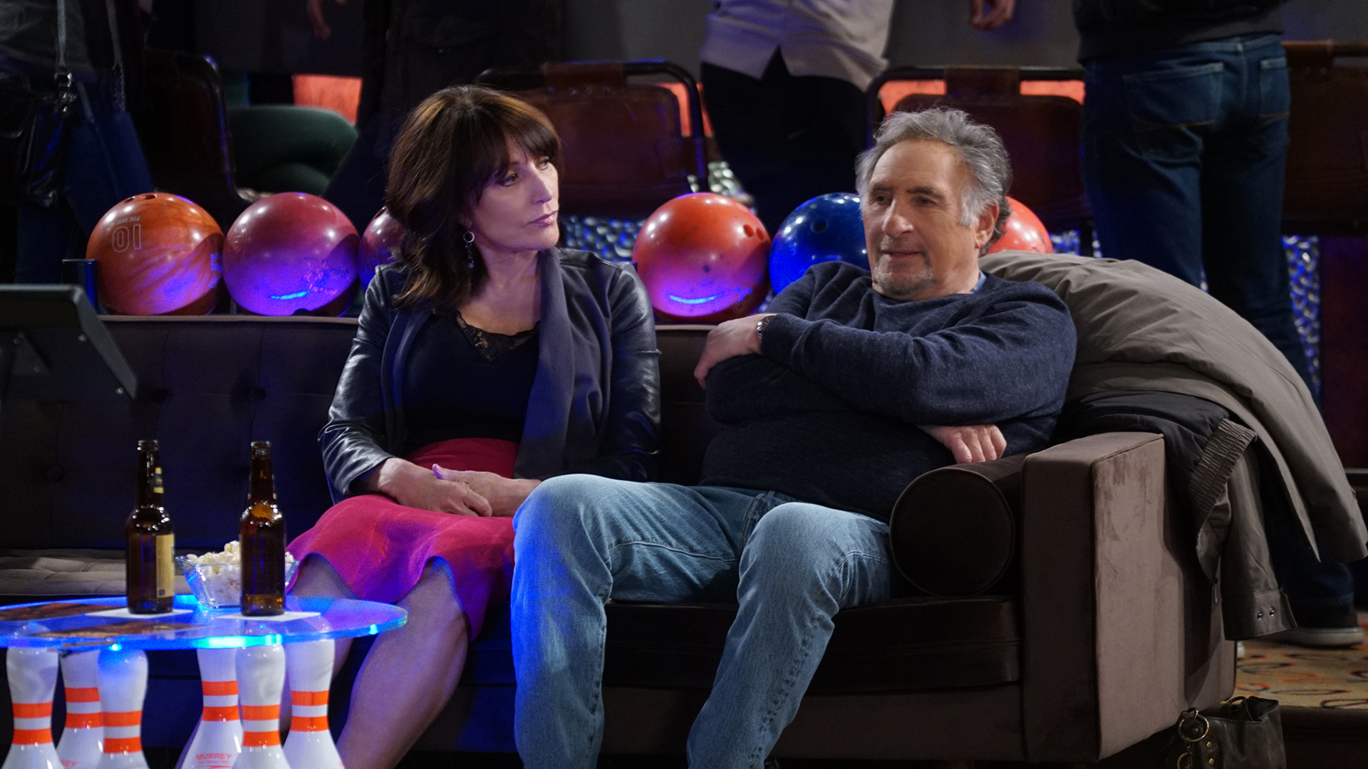 Watch Superior Donuts Season 1 Episode 6: Arthur's Day Off - Full show on  CBS All Access