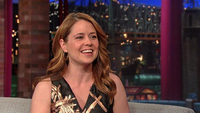 David Letterman - Jenna Fischer and the Dinosaur Bones
