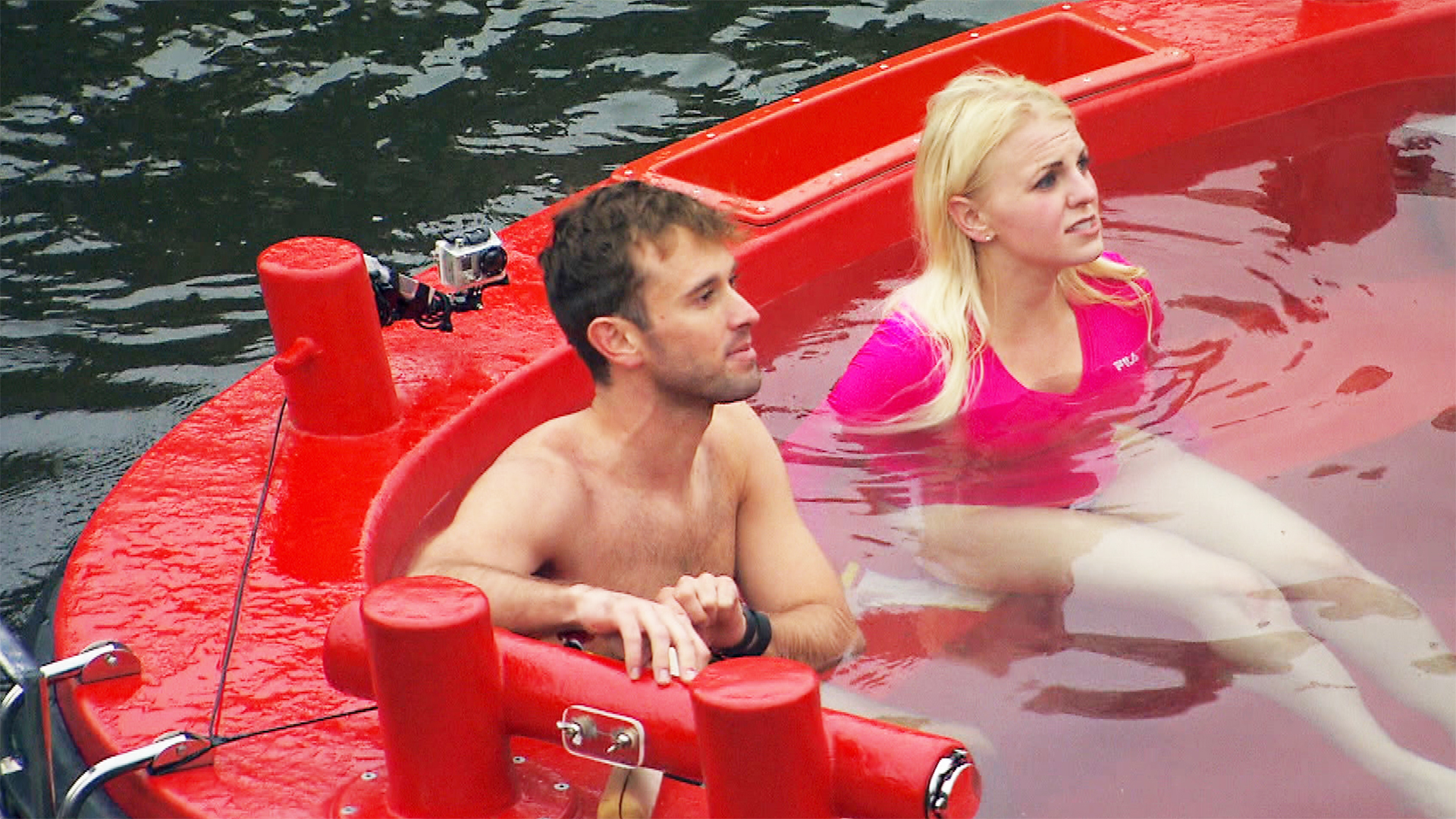 amazing race blind date couples still dating Couples on the longest blind date ever head to the finish line on the amazing race season 26 finale -- find out what host phil keoghan thinks of the experiment.