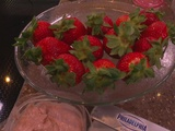 Cooking With WCCO: Strawberry Cheesecake Dip