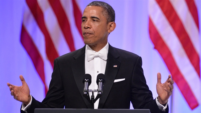 Politics: Obama thanks service members in inaugural ball speech