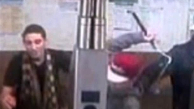 U.s.: Watch: Nunchucks used in NYC subway attack