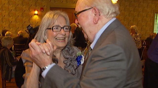 CBS This Morning: World War II graduates go to prom 70 years later