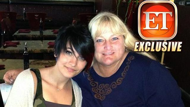 CBS This Morning : Pop Culture: Paris Jackson remains hospitalized after suicide attempt