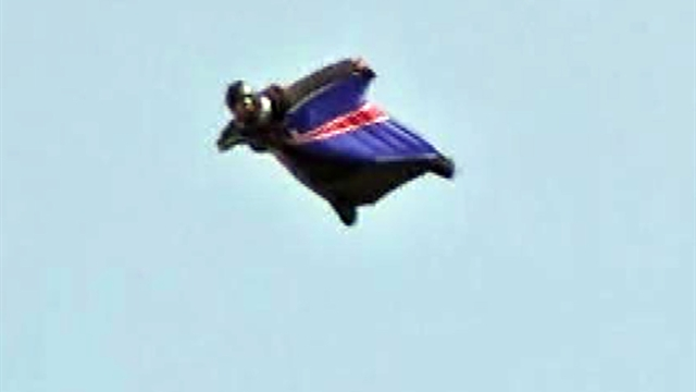 Man skydives without a parachute