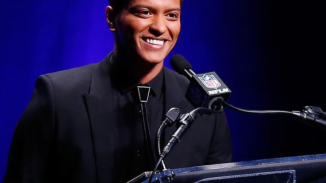 Bruno Mars talks halftime performance ahead of Super Bowl 2014