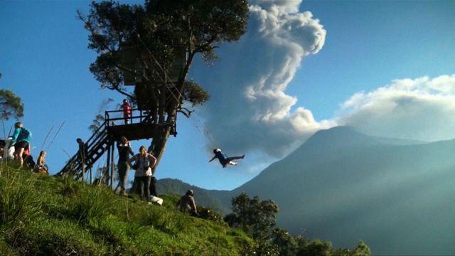 Ecuador's Tungurahua volcano erupts, spews ash