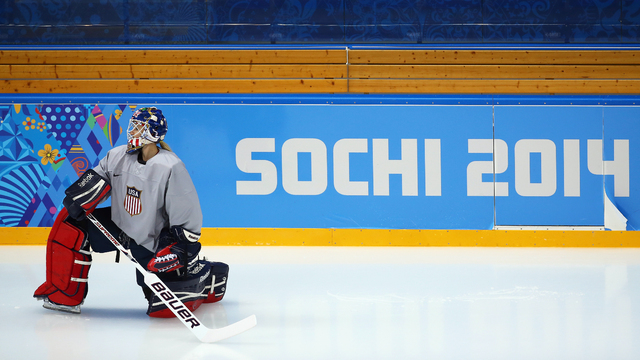 U.S. Women's Hockey determined to take gold in Sochi
