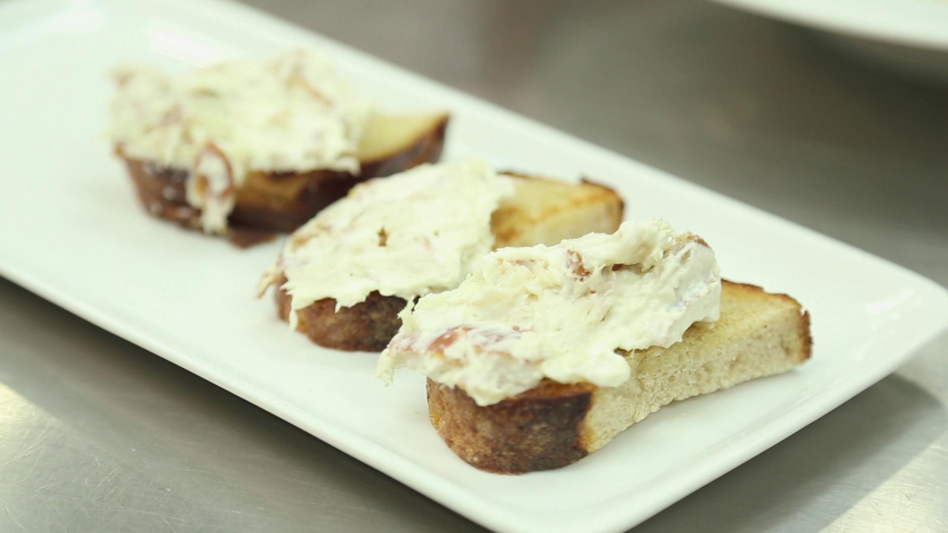 Party Recipe: Smoked Mackerel Toasts