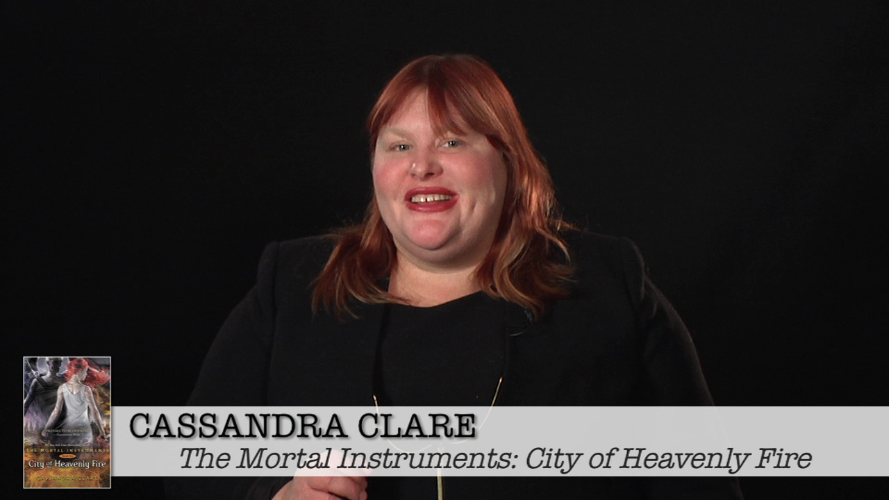 Cassandra Clare: What Are You Reading?