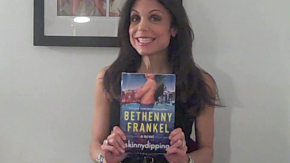 Bethenny Frankel talks SKINNYDIPPING!