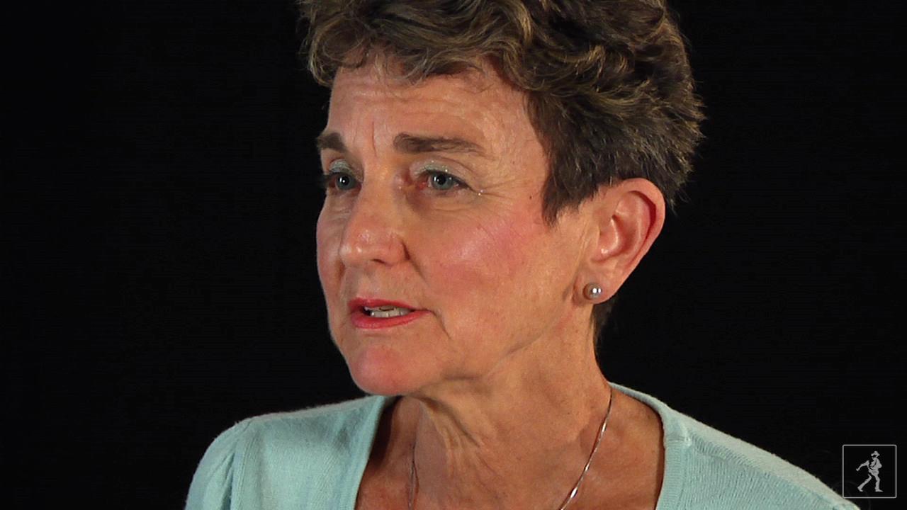 Author Suse MacDonald on Shape By Shape