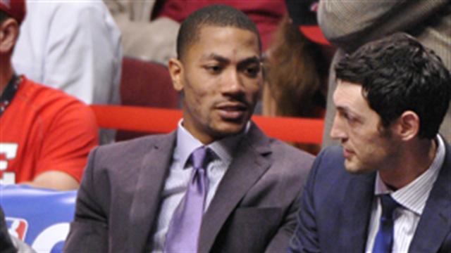 Lead Off: Derrick Rose: You've Got Mail