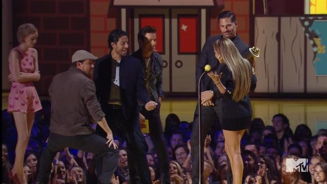 Entertainment Tonight: Channing Tatum Performs Sexy Dance for J.Lo at ...