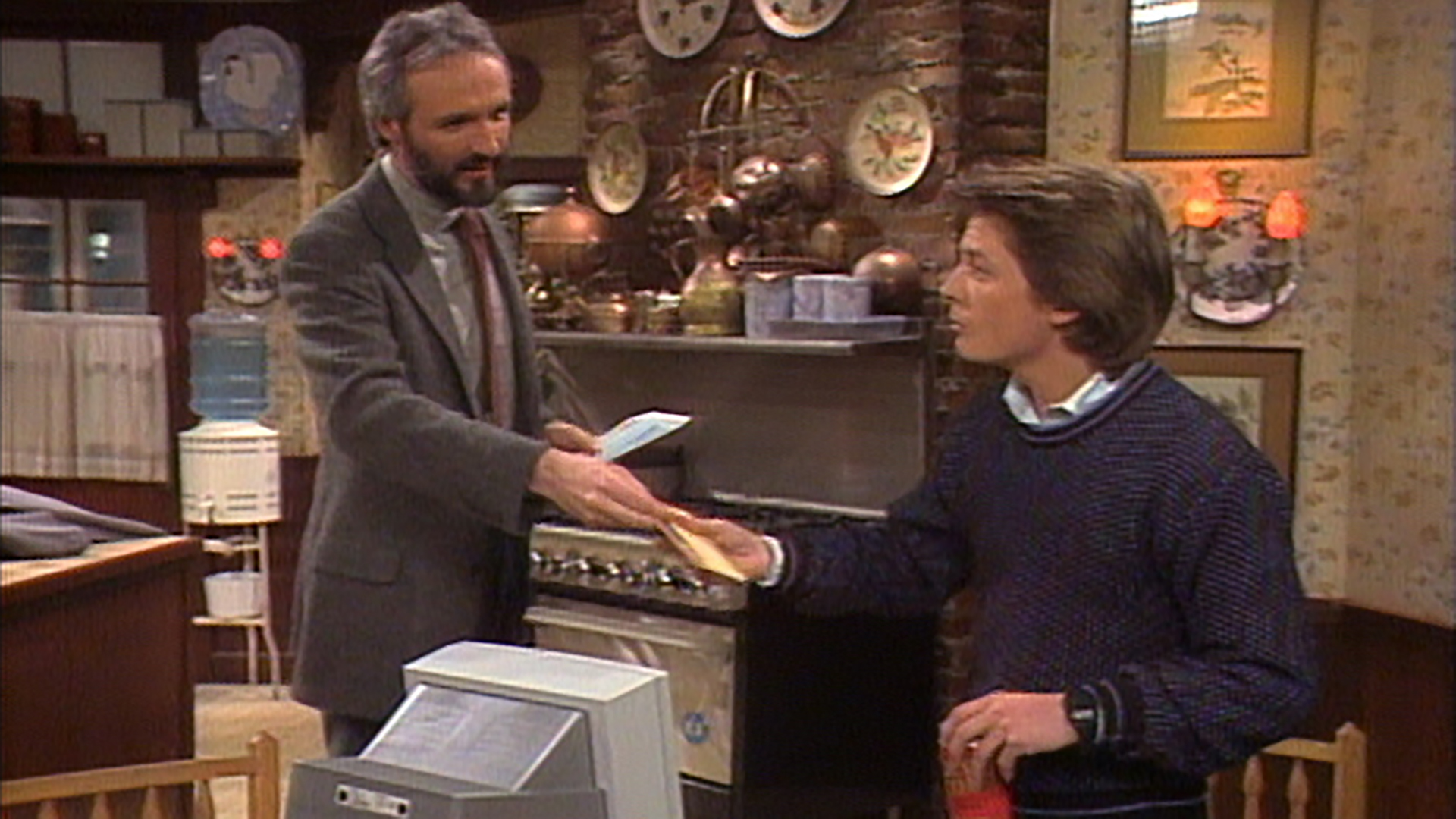 Watch Family Ties Season 4 Episode 16: Checkmate - Full show on CBS All  Access