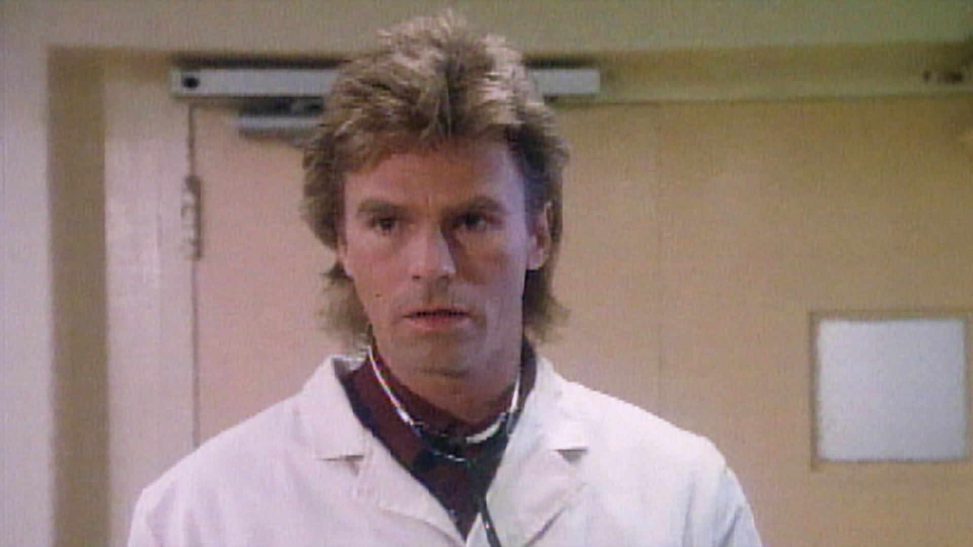 Watch MacGyver Classic Season 2 Episode 22: For Love or Money - Full show  on CBS All Access