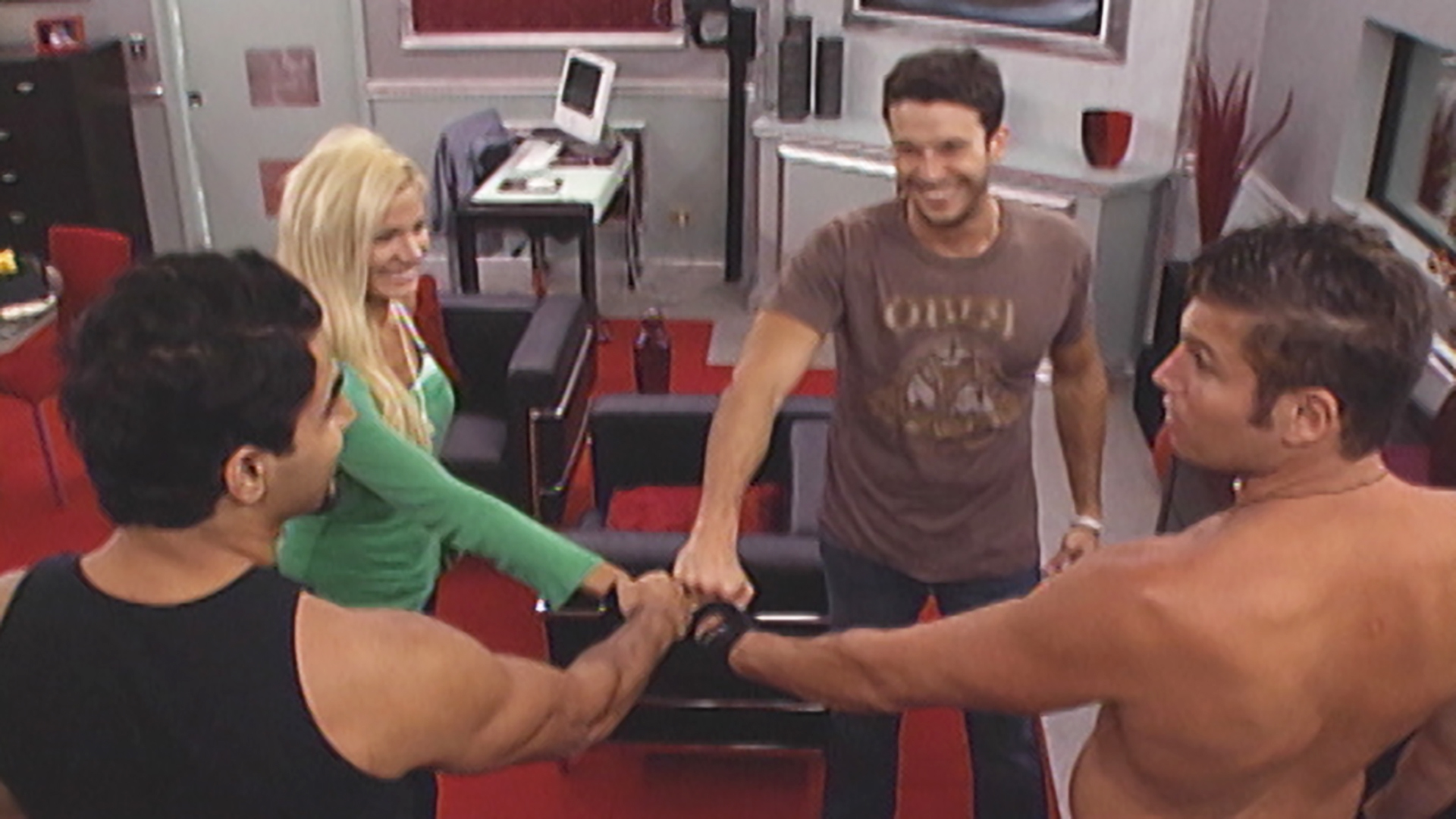Watch Big Brother Season 7 Episode 7: Episode 7 - Full show on CBS All  Access