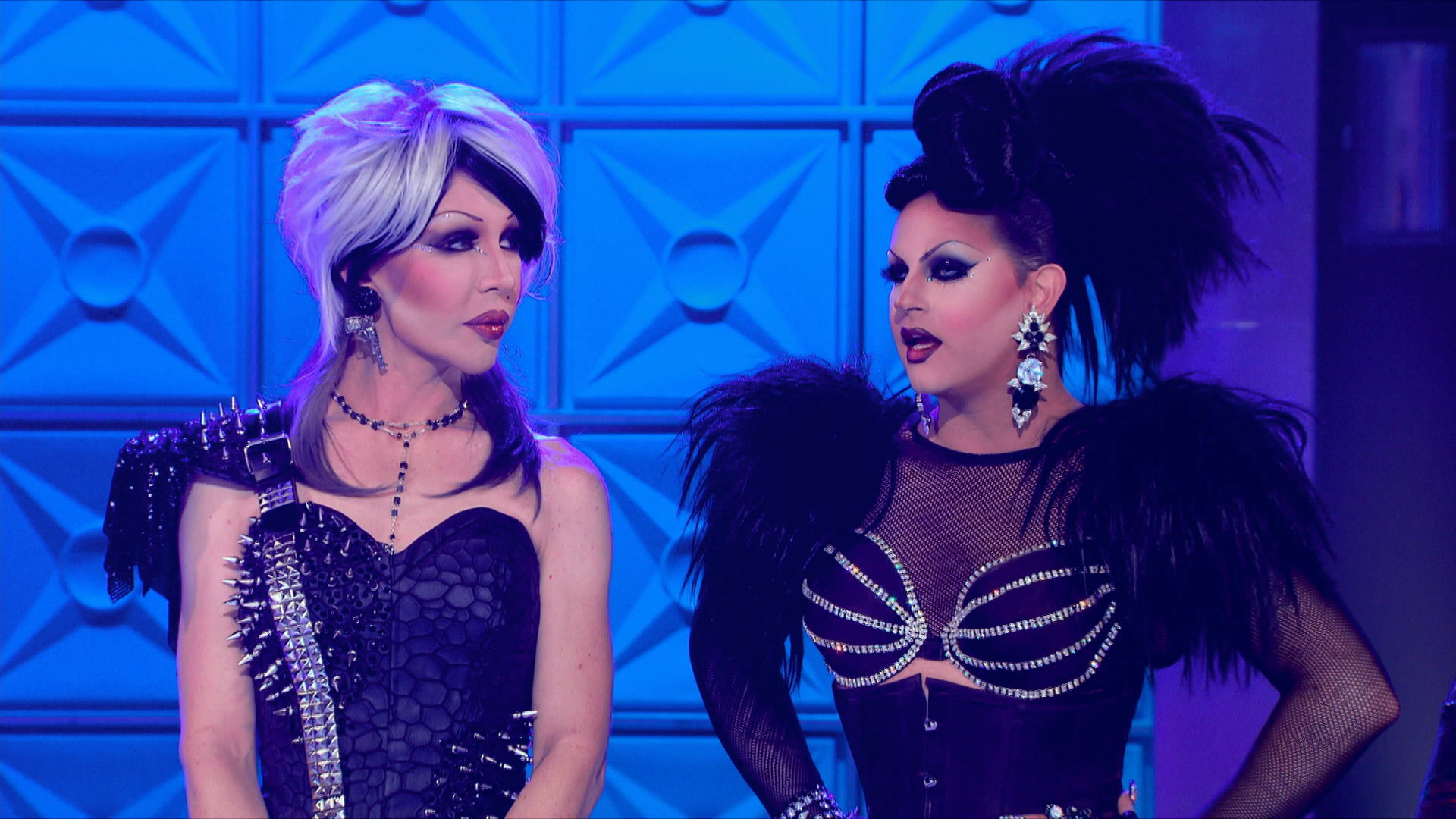 Watch Rupaul S Drag Race All Stars Season 1 Episode 3 Queens Behaving Badly Full Show On Cbs All Access