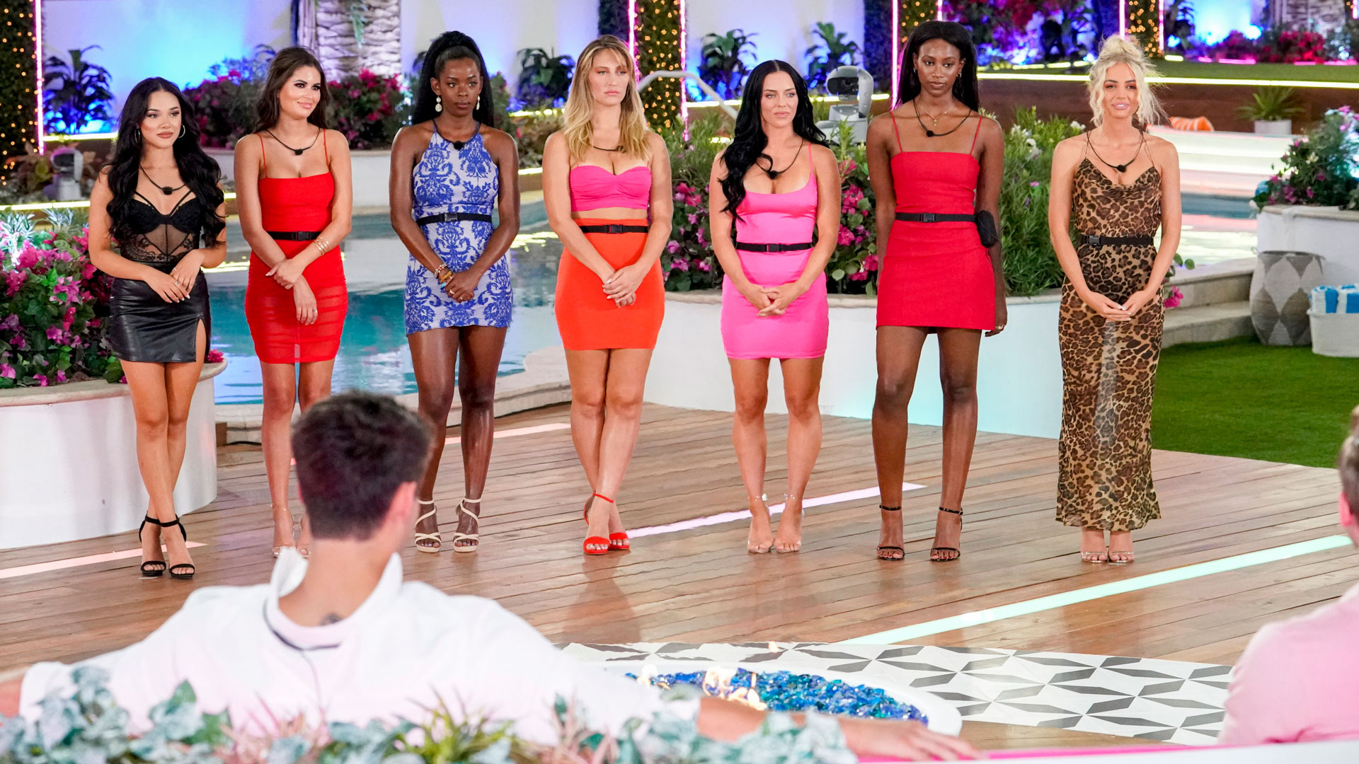 Watch Love Island Season 2 Episode 4 Episode 4 Full Show On Cbs All Access The love island producers trust their format — which is totally brutal — to provide the drama and twists, which in turn compels the cast into devastating fun fact: watch love island season 2 episode 4 episode 4 full show on cbs all access