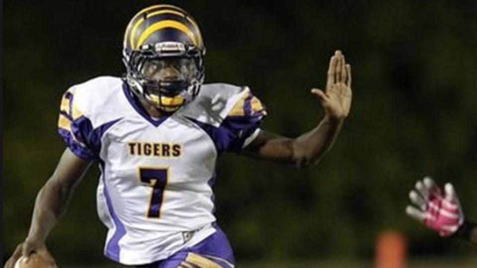 Lamar Jackson S Boynton Beach Fl Video High School Highlights Maxpreps