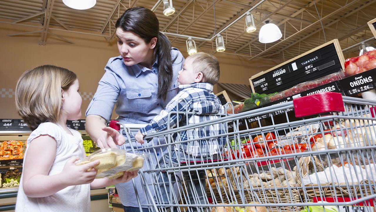 2 Tips for Feeding Picky Children
